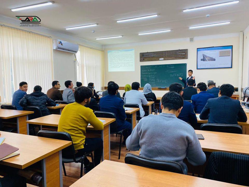 شروع مجدد درسهای محصلین خط آهن افغانستان در اوزبیکستان